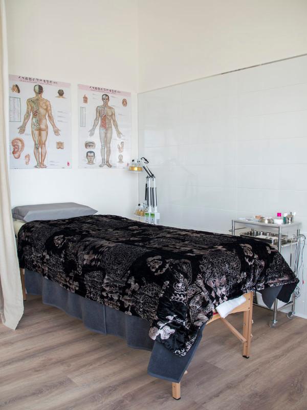 Sala de acupuntura en Vejer Ying & Yan 2/2