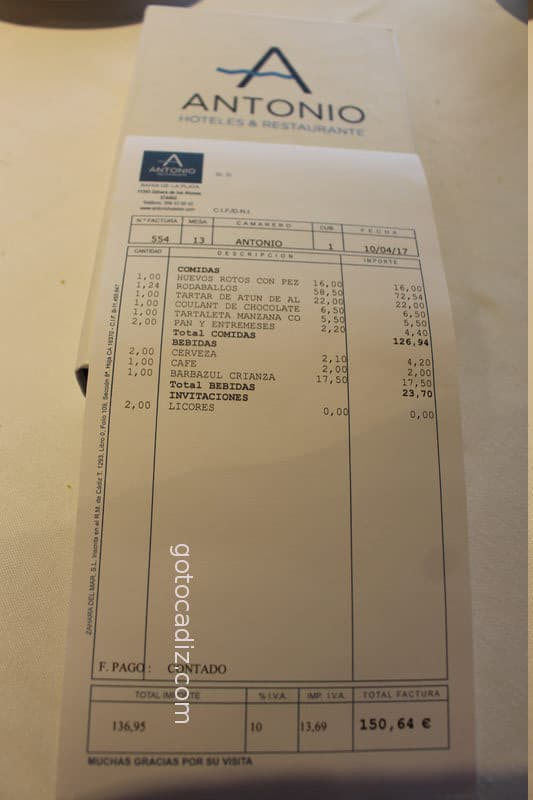 Cuenta de 2 comensales del restaurante Antonio en Zahara