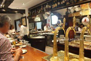 Restaurante El Faro Cádiz ¡mítico y señorial!