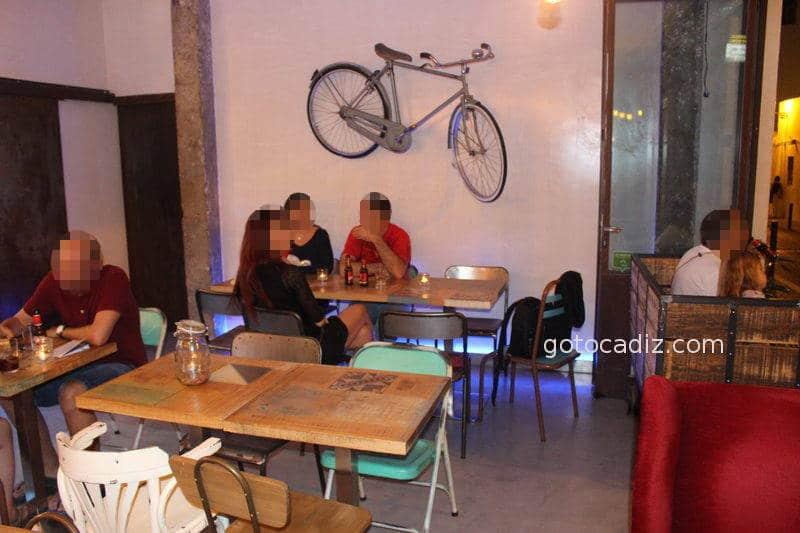 Interior de la Bicicletta Taglio-Bar
