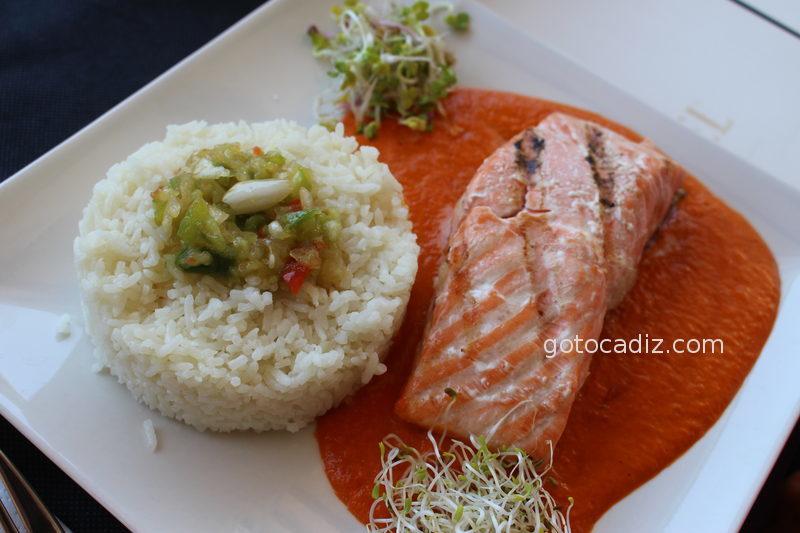 Salmón con arroz de El Cantón de Chiclana
