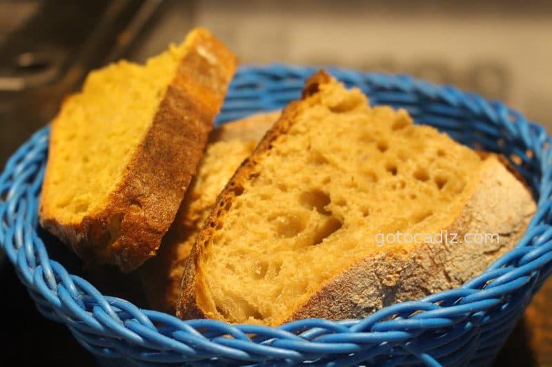 Pan ecológico en El Escondite de Conil