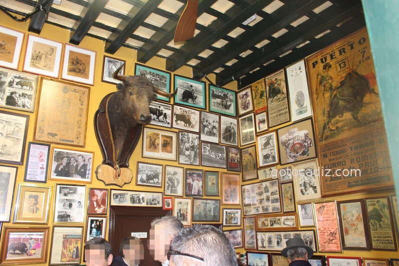 Vestigios de una época en las paredes de El Manteca