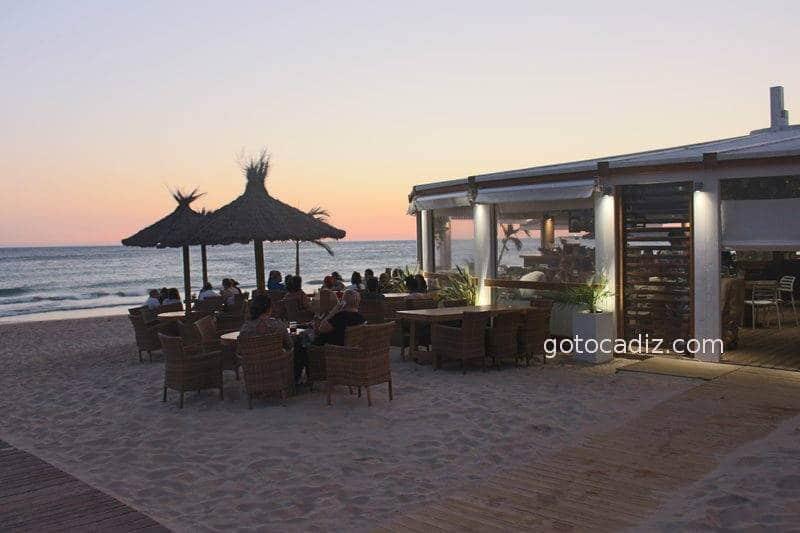 Terraza del Feduchy Playa al atardecer