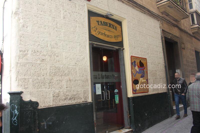 Taberna El Garbanzo Negro en Cádiz capital