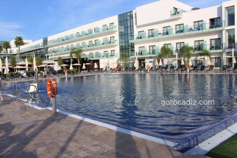 Hotel Gran Conil & SPA ¡un hotel de lujo moderno!