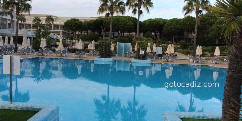 Hotel Valentín Sanctipetri ¡a pocos metros de la playa!