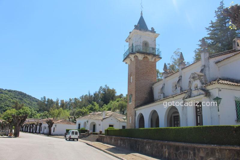 Iglesia del poblado del pantano de Los Hurones