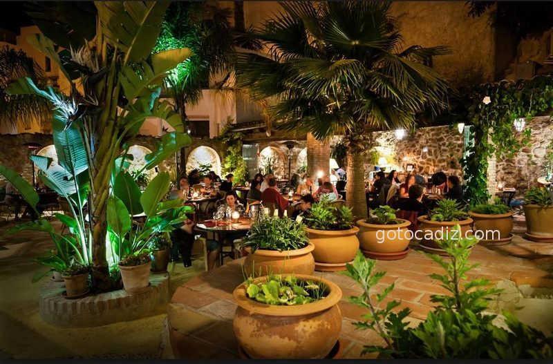 Los 29 mejores restaurantes en la provincia de c diz for El jardin del califa vejer