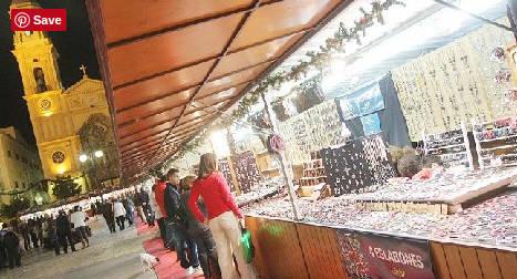 Mercadillo navideño de la Plaza San Antonio en Cadiz
