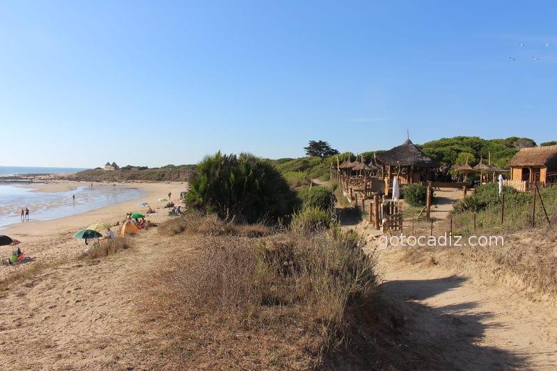 Chiringuito La Palapa en la playa de Zahora