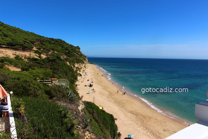 Playa De Los Castillejos En Los Canos De Meca Increible