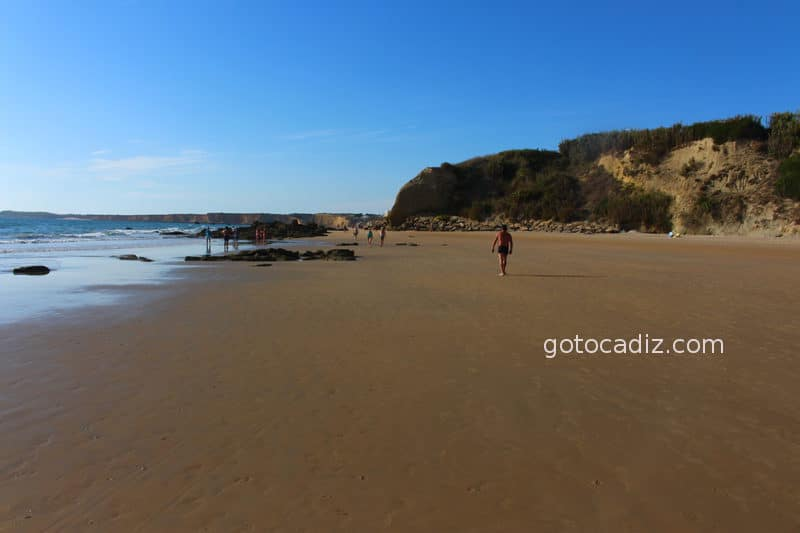 Playa de El Roqueo (marea baja)
