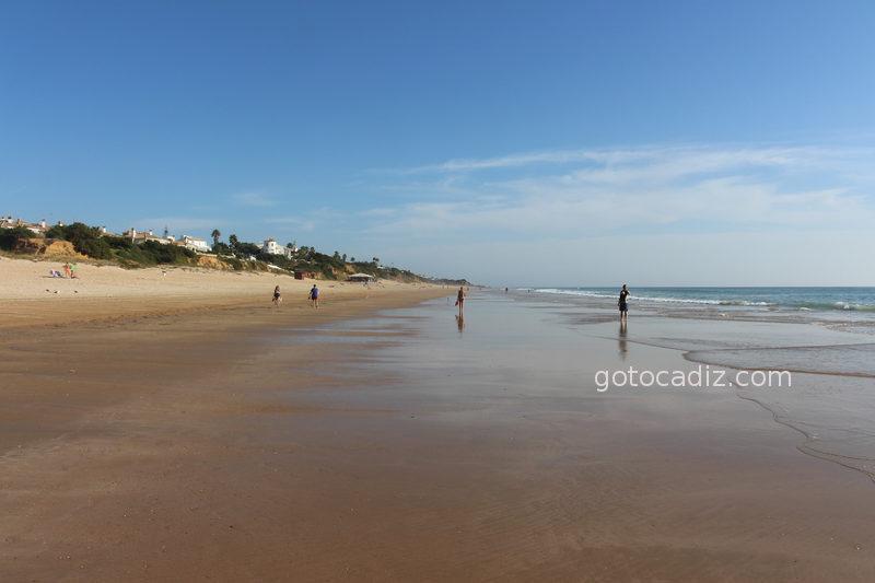 Playa de Roche en marea baja