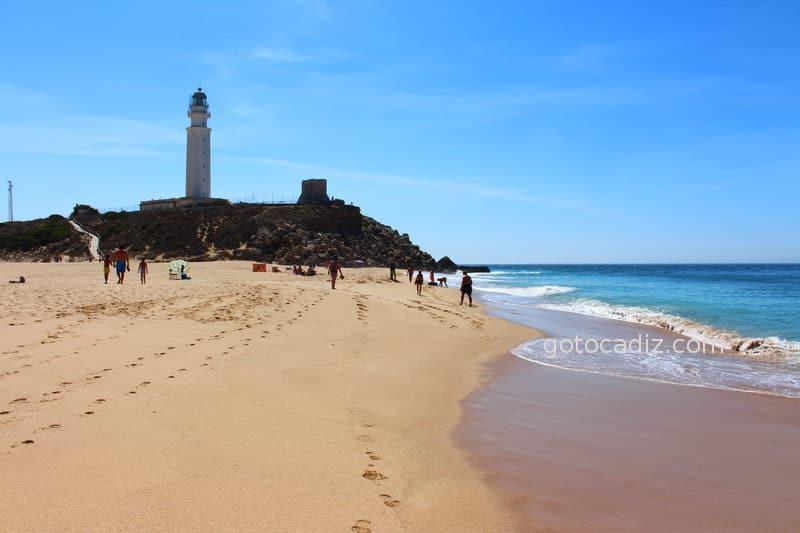 Playa y Faro de Trafalgar