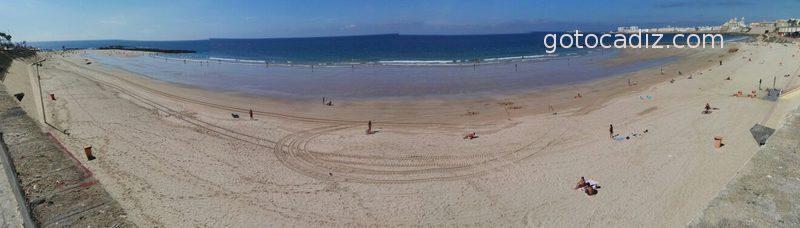 Foto panorámica de la playa de Santa María del Mar