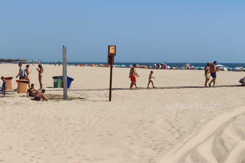 Escena cotidiana de La Playa Victoria